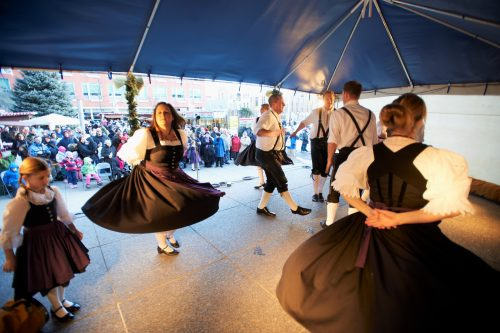 Christkindl Market, Christmas, German, dancers, festival