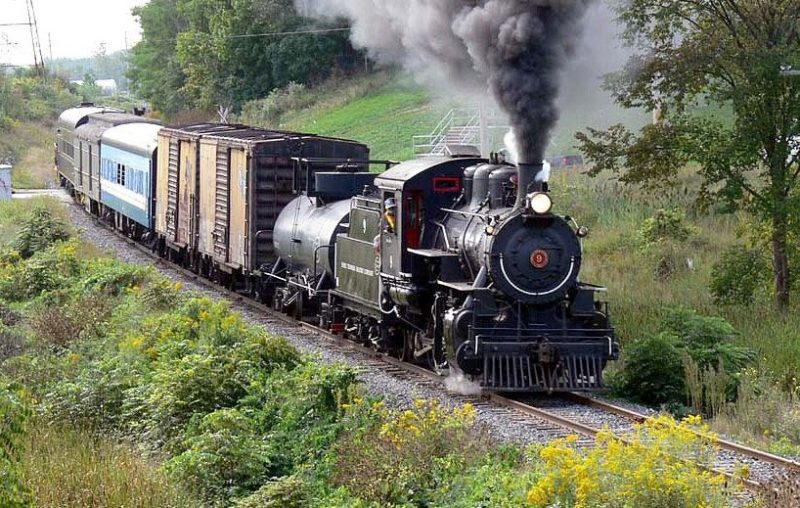 trains waterloo region, things to do waterloo reigon, steam engines, waterloo central railway, theme trains