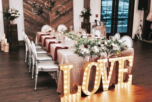 wedding table designed and decorated by Fresh Look Design