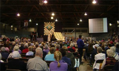People attending the Mennonite Relief Quilt Sale