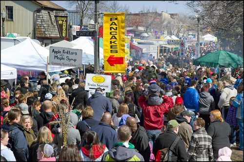 Elmira Maple Syrup Festival crowds
