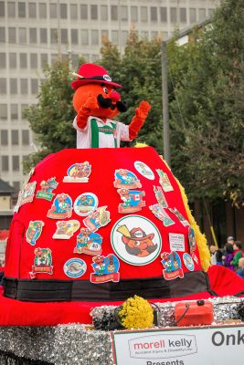 Onkel Hans Float at the KW Oktoberfest Thanksgiving Day Parade