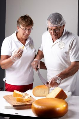 farm to table waterloo region, farms waterloo region, moutainoak cheese, cheese waterloo region