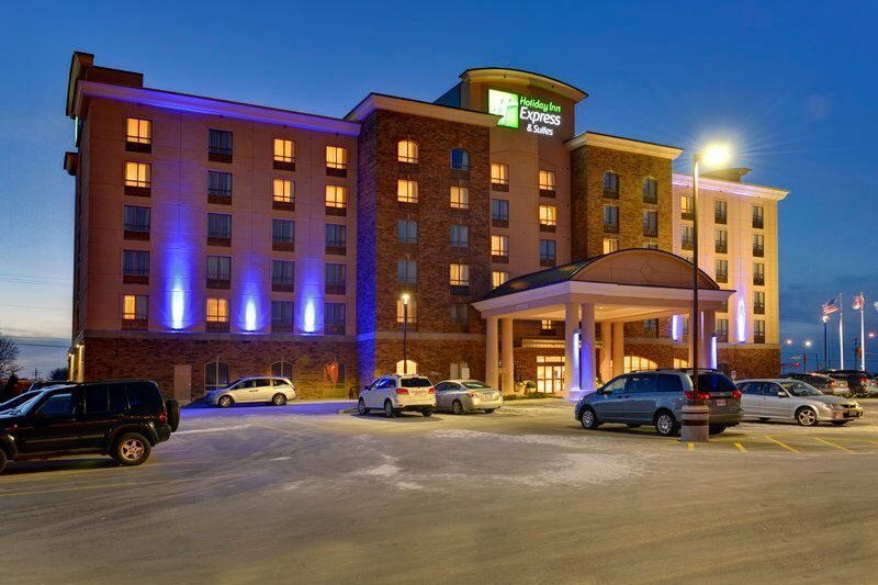 Holiday Inn Express & Suites Waterloo-St. Jacobs
