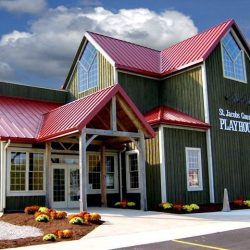 outside front view of the St. Jacobs Country Playhouse