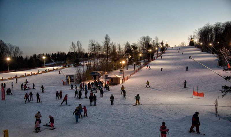 Chicopee, skiing at Chicopee, snow boarding at Chicopee, things to do in winter in Waterloo Region